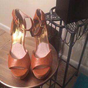 Michael Kors Shoes - Michael kors heels 👠
